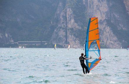 Najpopularniejsze sporty wodne